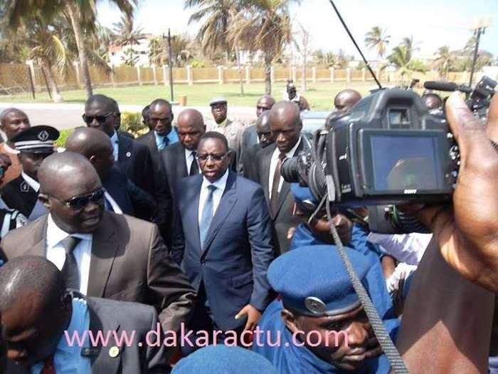 Pourquoi le président Macky Sall ne regagne-t-il pas le palais ?
