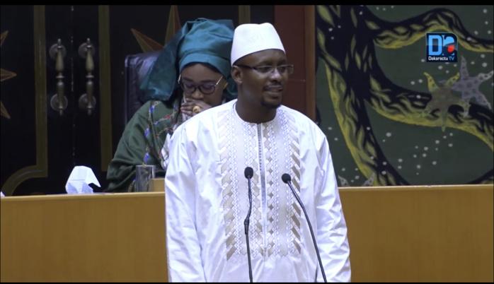 Assemblée nationale : Le ministre Moustapha Diop annonce la création de 43.000 emplois à la cité industrielle de Diamniadio.