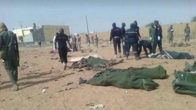 Attaque contre une position de l'armée nigérienne à Inates : 70 soldats seraient tués, Issoufou interrompt sa participation au mini-sommet de Pau.