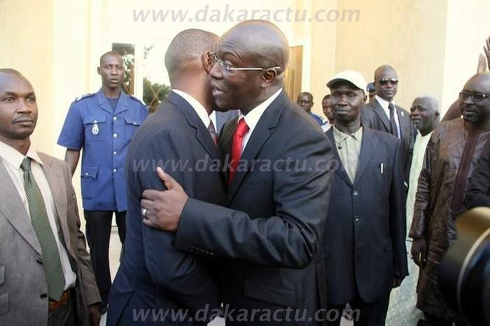 Regardez les images de la passation de service entre Souleymane Ndéné Ndiaye et Abdoul Mbaye