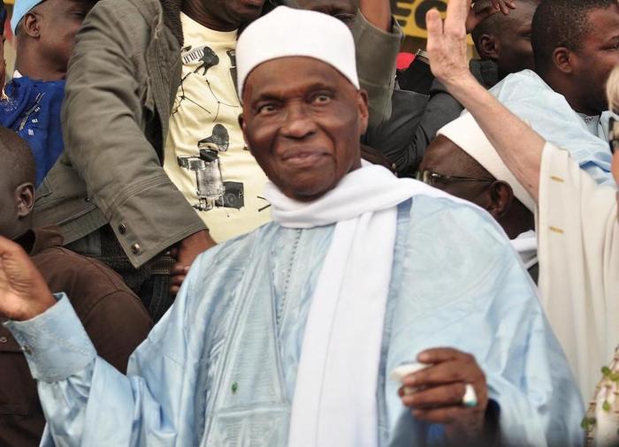 Quel est le pays... africain dans lequel Abdoulaye Wade compte s'installer ? (Par Cheikh Yérim Seck)