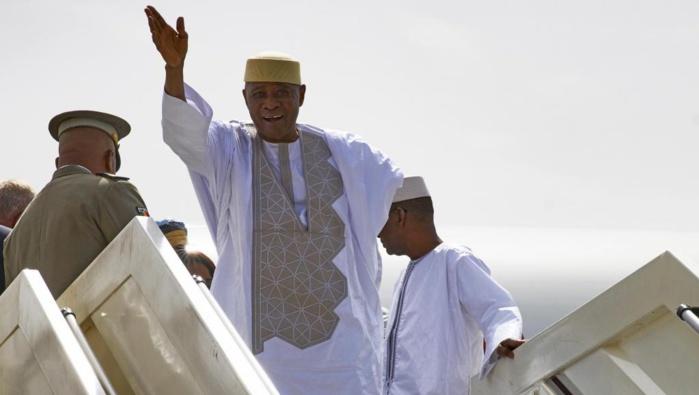 Après 07 ans d'exil au Sénégal, Amadou Toumani Touré est rentré au Mali.