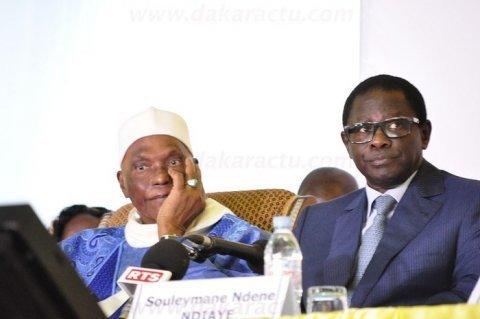 """Abdoulaye Wade: """"Que Pape Diop et ses amis aillent au diable ! Moi, on ne me fait pas chanter""""."""