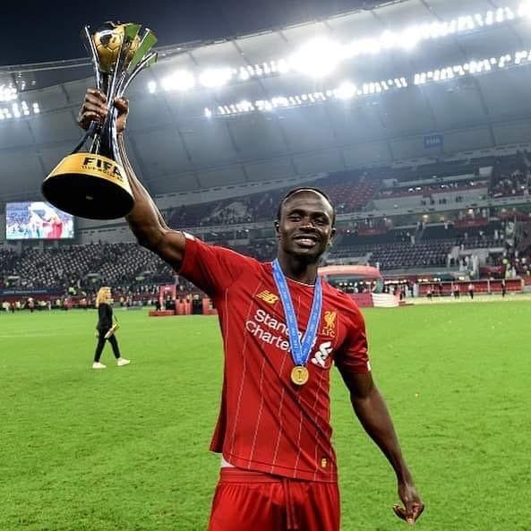 Sadio Mané devient le premier joueur sénégalais à remporter la Coupe du monde des clubs.