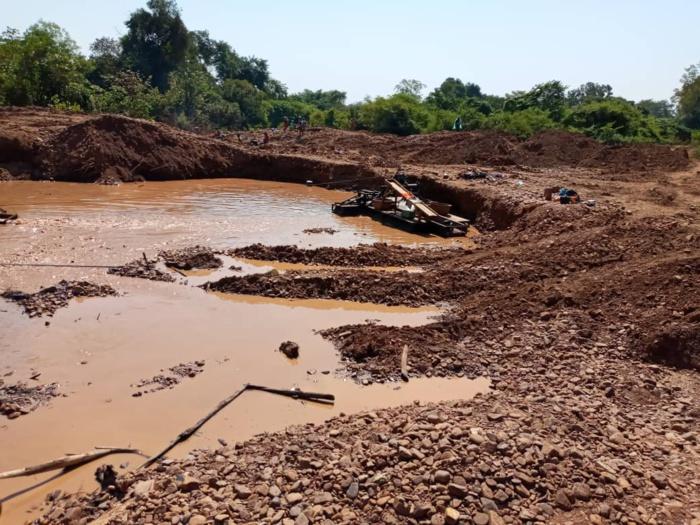 PROTECTION DE L'ECONOMIE NATIONALE ET LUTTE CONTRE LE CRIME ORGANISE : La Douane met fin à une exploitation frauduleuse de ressources minières à Kédougou.