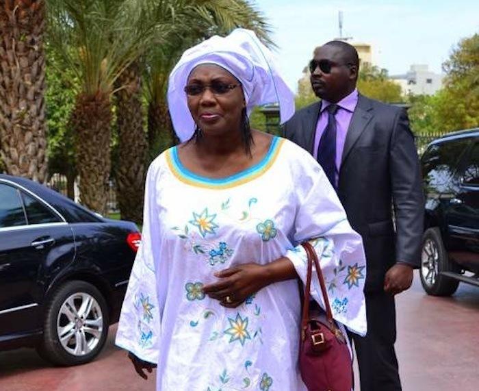 Violente dispute entre Aminata Tall et Abdou Aziz Mbaye pour un bureau.