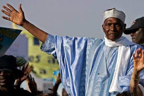 Abdoulaye Wade désigne Souleymane Ndéné Ndiaye, Amadou Sall et Madické Niang pour la défense de Béthio Thioune.