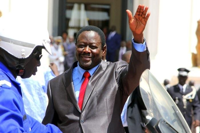 Sénégal :Trois fils de Mbaye Ndiaye sont... thiantacounes ! (Par Cheikh Yérim Seck)