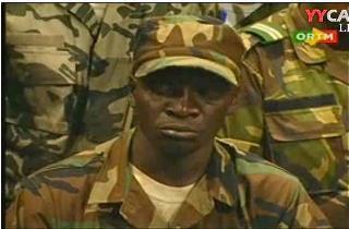 La junte militaire de Bamako réagit