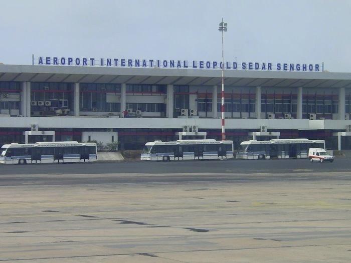 Qui a bradé l'aéroport LSS à Daport?