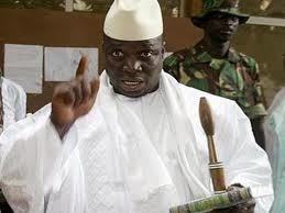 Yahya Jammeh surprend son garde de corps en plein sommeil et se fait justice lui même (Mohamed souleymane Mboup)
