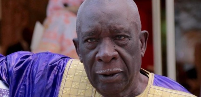 El Hadj Mansour Mbaye honoré par le Maire Bamba Fall et la Médina