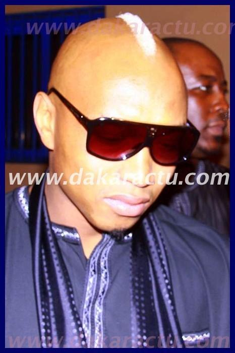 Elhadji Diouf en larmes devant la dépouille de Bocandé