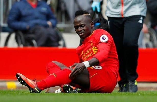 Premier League : Touché aux ischios-jambiers, Sadio Mané est sorti sur blessure.