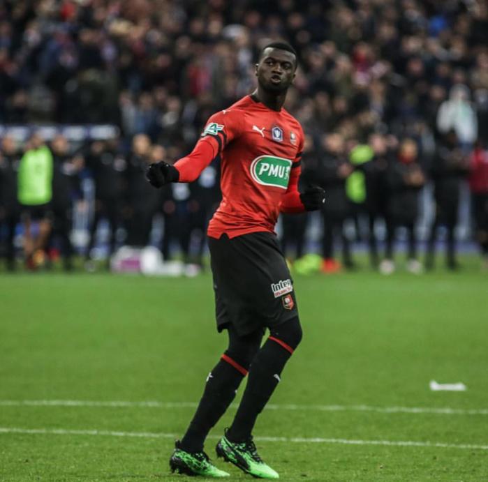 Accusé de propos injurieux envers les femmes Africaines, le footballeur M'Baye Niang botte en touche…