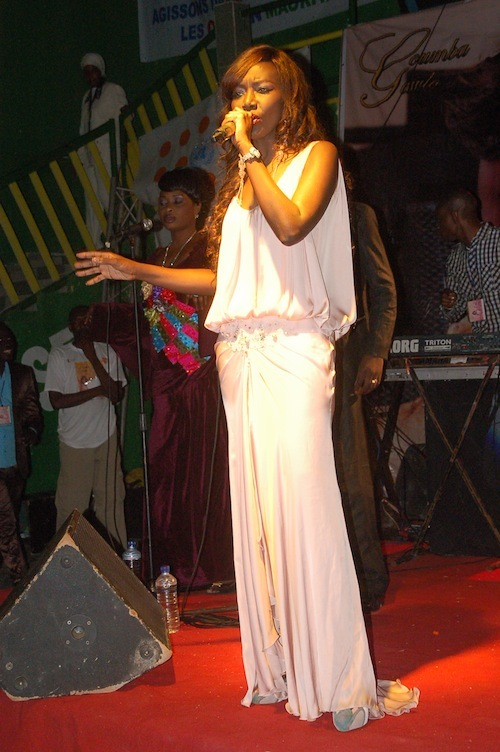 Tourn e african tour coumba gawlo dans sa sublime robe - Comment porter plainte pour abus de confiance ...