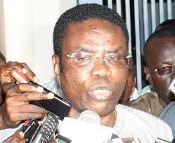 Mbaye Jacques Diop mouille trois de ses ex-collaborateurs.