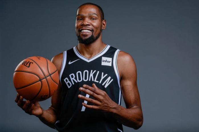 NBA – Kevin Durant positif au coronavirus, il réagit...