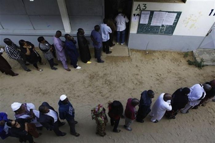 Elections législatives: pourquoi la campagne ne décolle pas (Par Cheikh Yérim Seck)