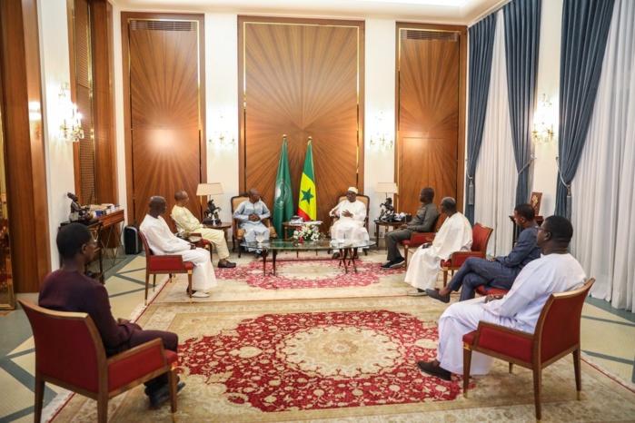 Coronavirus : Le président Macky Sall se félicite du rôle joué par la presse dans la lutte contre la pandémie.