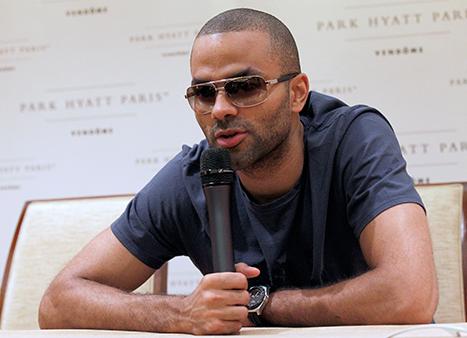 Victime de la bagarre entre Chris Brown et Drake, Tony Parker ne sera pas forfait pour les J.O.