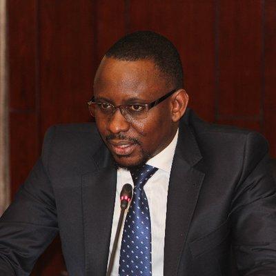 COVID-19 / Fabrication de médicaments : Le ministre Moustapha Diop reçoit les dirigeants de Medis Sénégal et prends le dossier en main.