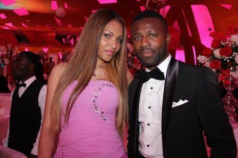 ... Tiéné Siaka et sa femme au mariage de son coéquipier Kolo Touré