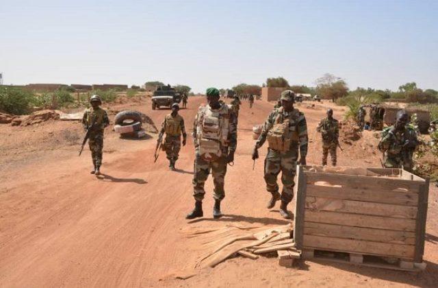 Mali : Au moins 20 soldats tués dans une attaque attribuée aux jihadistes.