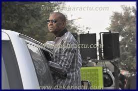Palais de Justice: Venu soutenir Ousmane Ngom, Pape Samba Mboup rembarré par un gendarme.