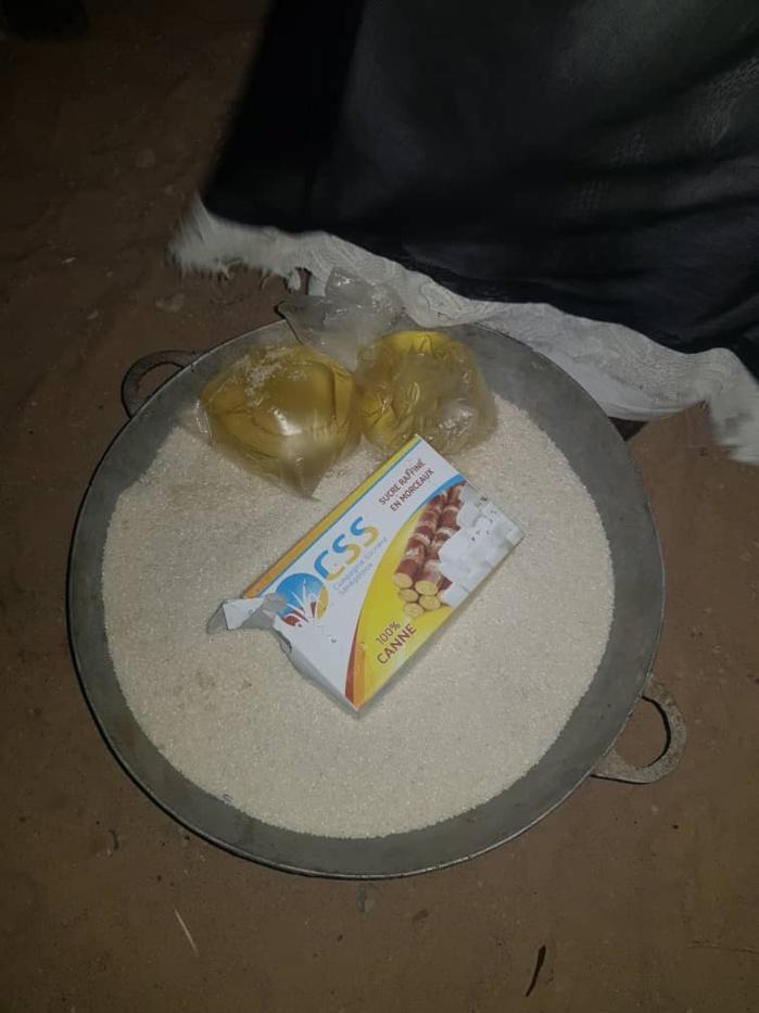 TOUBA - AIDE ALIMENTAIRE DE LA MAIRIE / 1/2 litre d'huile, 15 morceaux de sucre et 4 kilos de riz par famille dans certains quartiers