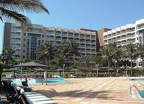Hotel King Palace: Les travailleurs veulent le départ de Racine Sy