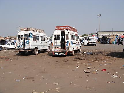 Covid-19 à Ziguinchor / 53 chauffeurs bloqués, entament une grève de la faim.