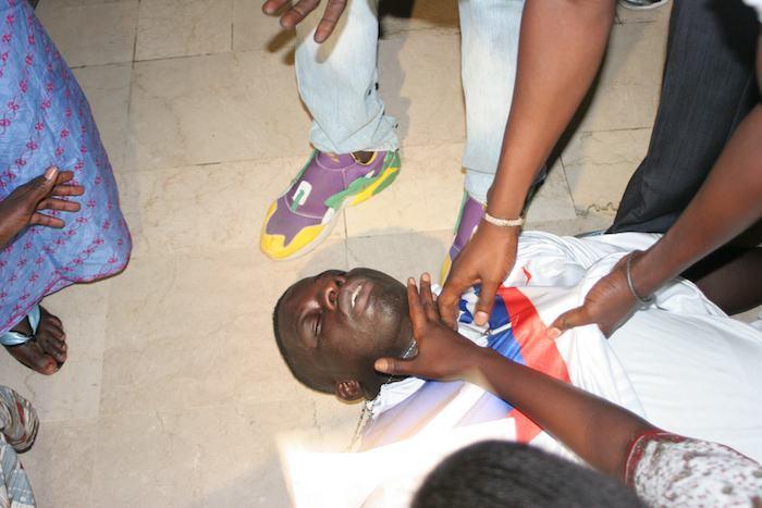 Sénégal : Zoss assommé au gourdin par Boy Niang: Faut-il arrêter les dérives ou la lutte ? (Par Cheikh Yérim Seck)