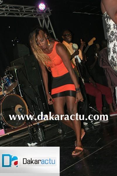 Que prepare Ndéye Guèye sur cette photo ?