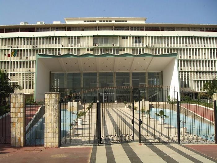 Assemblée nationale: les jeux d'alliances et négociations de postes