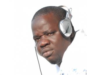 L'animateur de Walf fm Mamadou Ndoye Bane menacé de mort en direct (AUDIO)