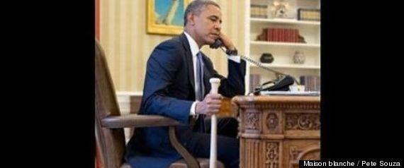 Barack Obama avec une batte de baseball : la photo qui fait polémique