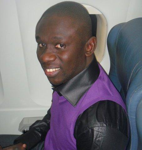 Le chanteur Pape Diouf sauve son neveu d'une histoire d'abus de confiance