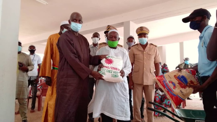 Force Covid-19 à Kolda : Le Ministre Mansour Faye lance officiellement la distribution de l'aide alimentaire à Médina Yoro Foula.