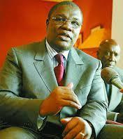 """Présentation de condoléances chez Ousmane Ngom: les """"retrouvailles"""" de la classe politique."""