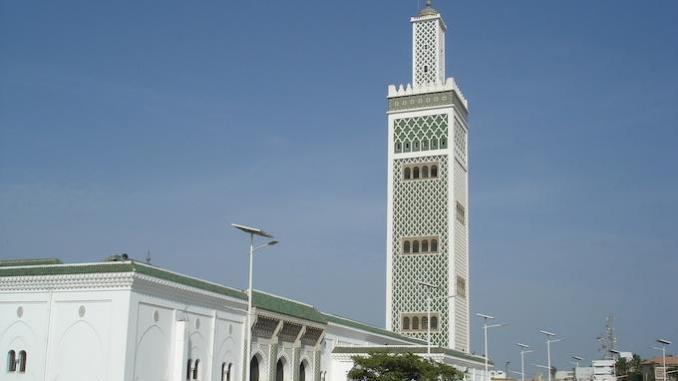 Ouverture des lieux de culte : Après la Mosquée Omarienne, l'Imam Alioune Moussa Samb décide aussi de maintenir fermée la Grande Mosquée de Dakar