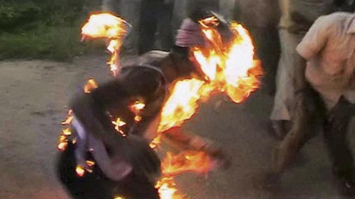Notto Gouye Diama / C. Diop, qui a brûlé vif son père, a finalement été alpagué par les pandores.