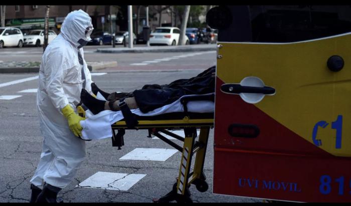 Coronavirus : L'Espagne honore la mémoire de ses 26 834 morts.