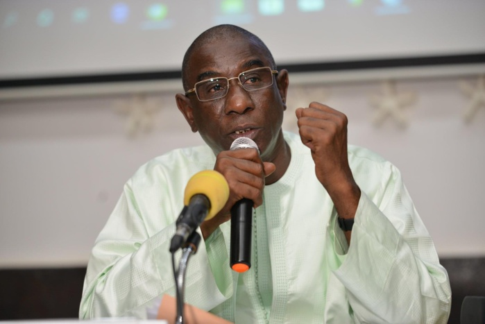 COVID-19 / Reprise des cours à Louga : Mamadou Talla remet un important lot de matériel aux écoles.