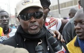 Manifestation des droit-de-l'hommistes devant l'ambassade de Gambie au Sénégal.