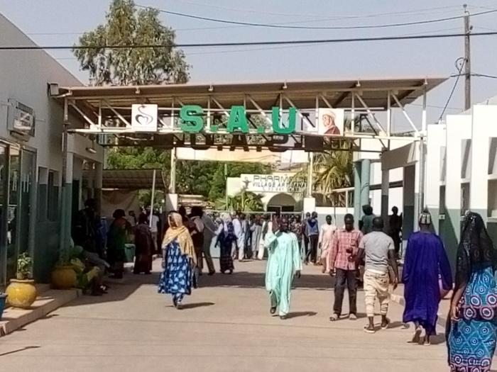 """Kaolack / Intoxication alimentaire : 25 talibés évacués en urgence à l'hôpital régional pour avoir mangé du """"Borokhé""""."""