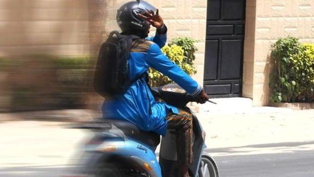 REPORTAGE - Couvre-feu à Dakar : Les livreurs en roue libre et sans contrôle sévère.