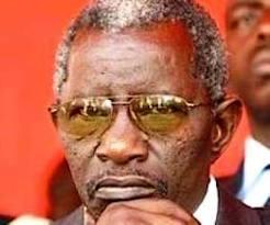 L'ex ministre Bécaye Diop rattrapé dans une histoire de détournement.