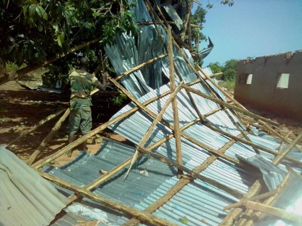 CASAMANCE / Début hivernal à Coubanao : Le vent a emporté la toiture de 10 maisons et un bâtiment abimé.