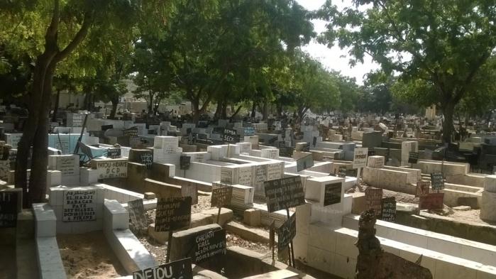 Le cimetière de Pikine au bord du gouffre : Les confessions de M. Sarr conservateur des lieux
